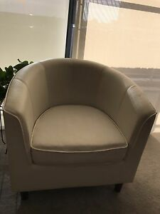 2Tub chair+2 seater sofa Hornsby Hornsby Area Preview