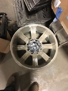 "20"" Chrome rims Ram 3500"