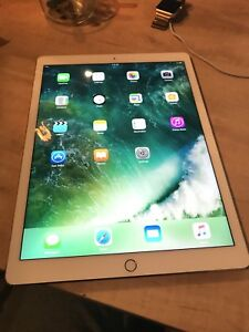 Apple iPad Pro 12.9in, 32gb Wifi, Gold, Mint Condition!