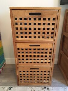 Nightstands/Chest of Drawers x2