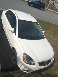 2010 KIA Rio NEW MVI Asking $2800 OBO