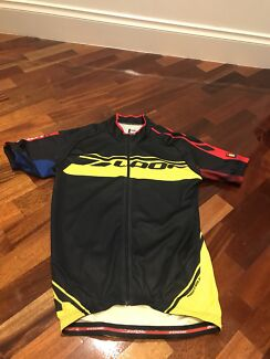 LOOK premium cycling jersey size M