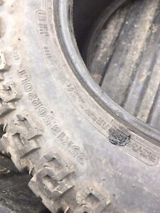35x13.50-20 Dick Cepek tires