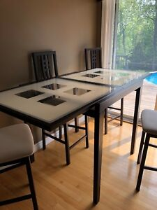 Domitalia bar height dining table and chairs