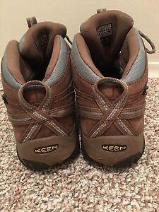 Women's Hike Boots