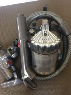 Dyson DC 23 Vacuum Cleaner - Great Condition