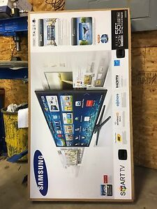 Samsung Smart TV 55 Inch for parts or repair.