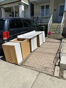Free Kitchen Cabinets and Counter