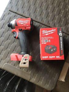 Milwaukee 1/4 impact driver m18 fid2 5amp battery