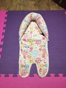 Soutien de la tête pour bébé / Baby head support