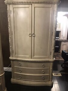 Antique Vintage Retro Armoire Wardrobe Dresser White Cream
