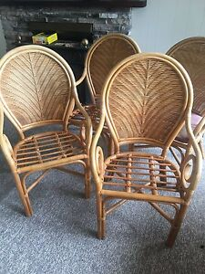 4 dining or sitting chairs