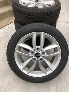 Mini Countryman / BMW X1 Winter Tires on OEM Mini Alloys