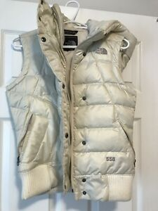 Woman's north face jacket vest size small