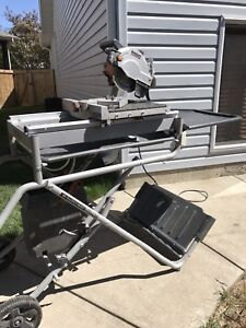 """Rigid 7"""" wet tile saw with stand"""