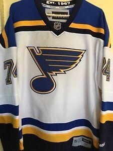 Blues Oshie jersey