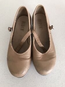 Tan tap shoes - child's size 13 1/2 Clyde Casey Area Preview