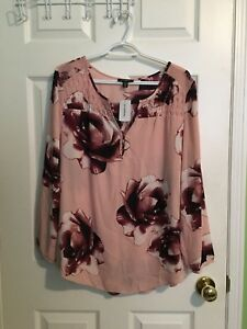 Le chateau women blouse (new)