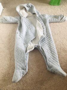 EUC Carter's baby fleece