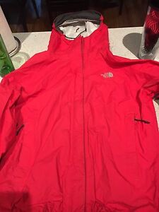 North face raincoat women's M