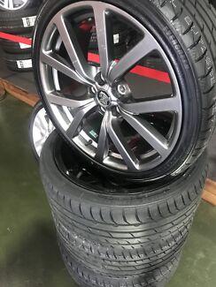 """20"""" VF commodore O.E GENUINE +Tyres"""