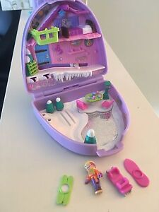 90's Vintage Polly Pocket Toy Sets Great shape!