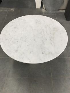 Carrara Marble Coffe Table/70cm Diametre