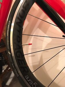 New Bontrager Aura 5 wheels & R3 Hard-Case Tires