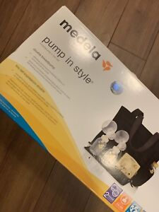 "BRAND NEW IN BOX MEDELA BREAST PUMP ""PUMP IN STYLE EDITON"""