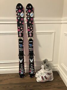 Girls Roxy skis excellent condition