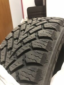 215 60 R16 Winter tyres (Goodyear) in excellent condition.