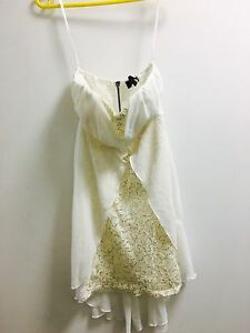White prom dress, size M Canberra City North Canberra Preview