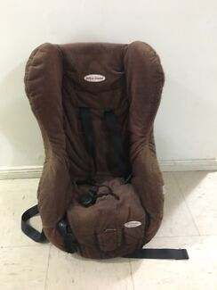 2 baby car seats ages (0-4,3-8)