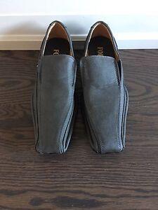 $35 Size 8 Men's Grey Shoes