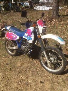 Suzuki DR 350.  1992