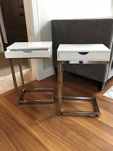 End tables - Set of 2