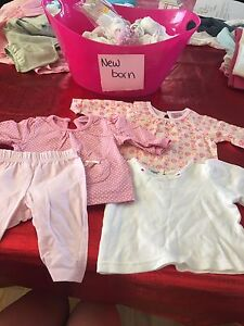 New birth t-shirts & pants 0-3months