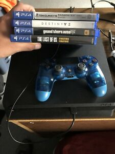 Ps4 1TB, 1 controller, 4 games