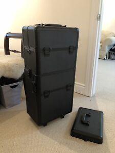 Makeup Travel Case / Makeup Train Case