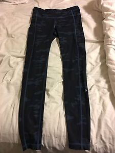 Lululemon blue camp speed tights size 6
