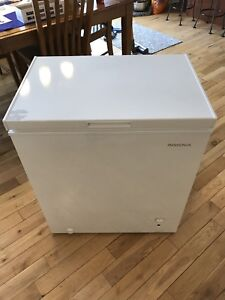 Like New! 5 cubic foot Insignia Chest Freezer