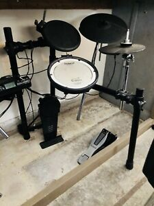 Roland TD-4 electronic drum kit