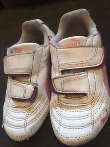 Runners and dress shoes. Sz 11 toddler