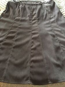 2winter ALine skirts-green and Beige Wyee Point Lake Macquarie Area Preview