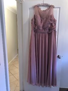 Plus Size 24-26 Formal/bridesmaid dress NWT Halls Head Mandurah Area Preview