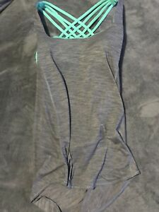 Free to be wild lululemon tank size 6/8