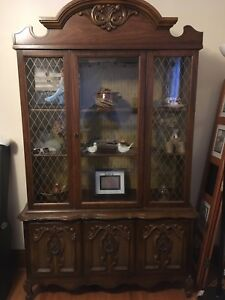 Beautiful Hutch in great condition
