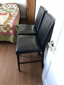 Set of 2 Bar Height Chairs