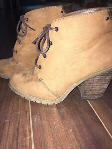 Size 7.5 Spring High Heel Ankle Boots