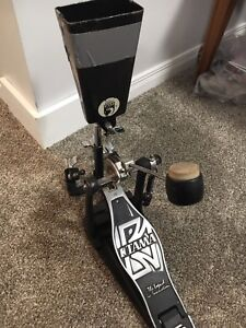 Percussion mount bracket for foot pedal
